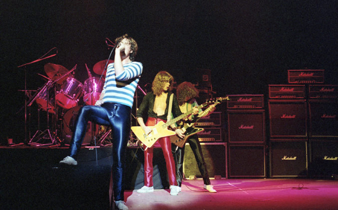 Picture of Def Leppard in concert by Bill O'Leary