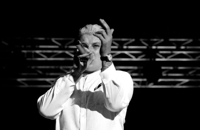 Picture of John Newman in concert by David Gasson