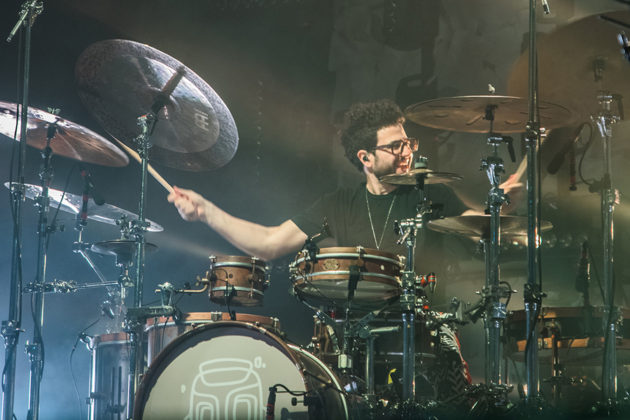 Picture of Mike Shinoda in concert with music photography by Johan Sonneveld