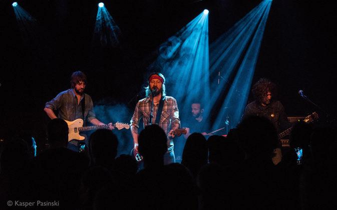 Picture of Chris Shiflett in concert by Kasper Pasinski