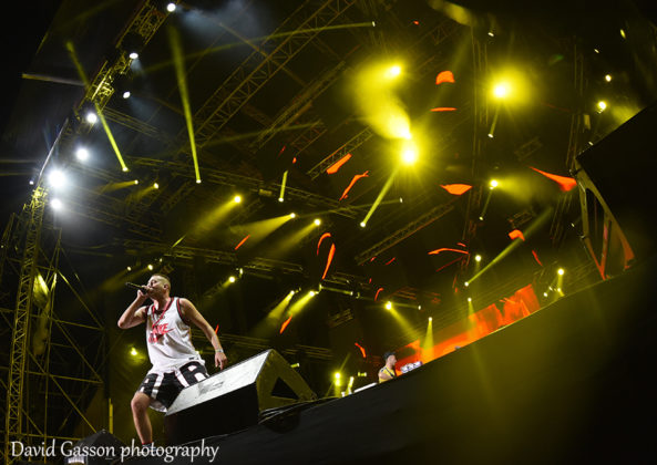 Picture of the trap singer Fox in concert at the Sea Star festival taken by gig photographer David Gasson