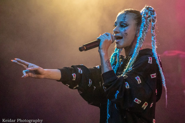 Picture of the rap singer Ethel in concert taken by the music photographer Omer Keidar