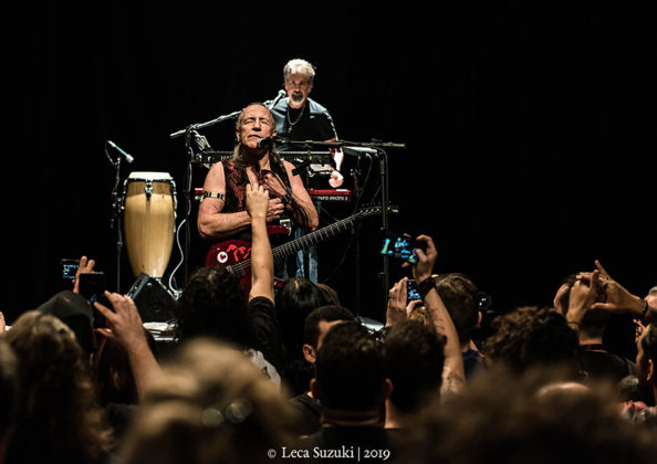 Picture of the rock musician Mark Farner in concert taken by the gig photographer Leca Suzuki