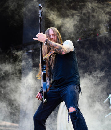 Picture of the Melodic Death Metal band Amon Amarth in concert at the Sweden Rock Festival with photography by Lennart Håård
