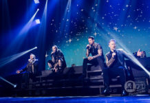 Picture of the pop group Boyzone in concert in Japan with photography by Aki Fujita Taguchi
