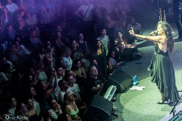 Picture of the pop singer Miri Mesika in concert taken by Omer Keidar