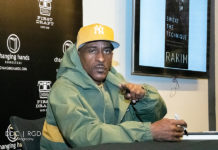 Picture of the American rapper Rakim in concert by Dee Carter