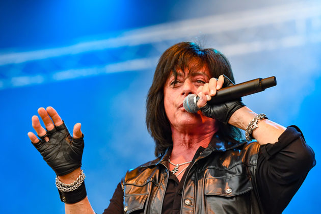 Picture of Joe Lynn Turner in concert by Lennart Håård