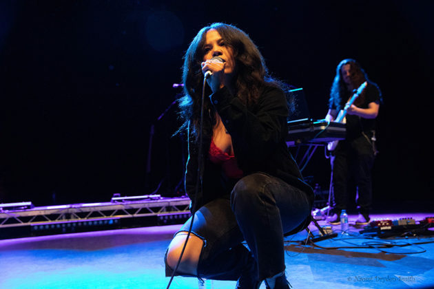 Picture of the R&B singer Baby Rose in concert taken by Naomi Dryden-Smith