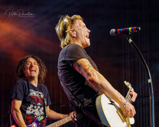 Picture of the rock band Goo Goo Dolls in concert taken by Ruth Preston
