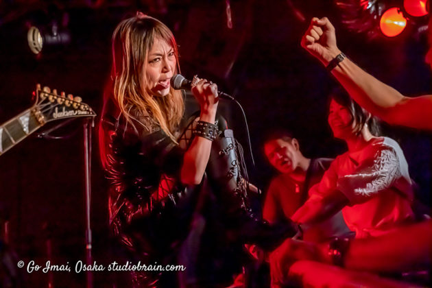 Picture of Hell Queen in concert taken by music photographer Go Imai