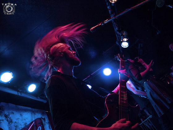 Picture of Skarlett Riot in concert taken by music photographer Emma Bauer