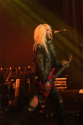 Picture of the band Crashdiet in concert taken by Lennart Håård
