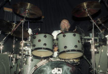 Picture of Mick Fleetwood's The Zoo in concert by Bill O'Leary