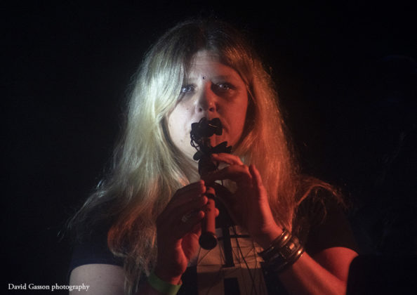 Picture of Loell Duinn in concert taken by David Gasson