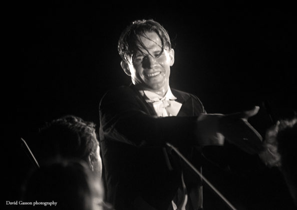 Picture of Valentin Egel in concert taken by David Gasson