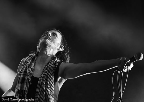 Picture of Goran Bare in concert taken by David Gasson