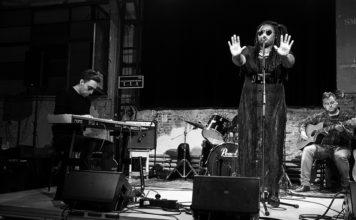 Picture of Lady Blaxx in concert taken by Ibe Van Bouchaute