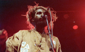 Picture of Eek-A-Mouse in concert taken by Bill O'Leary
